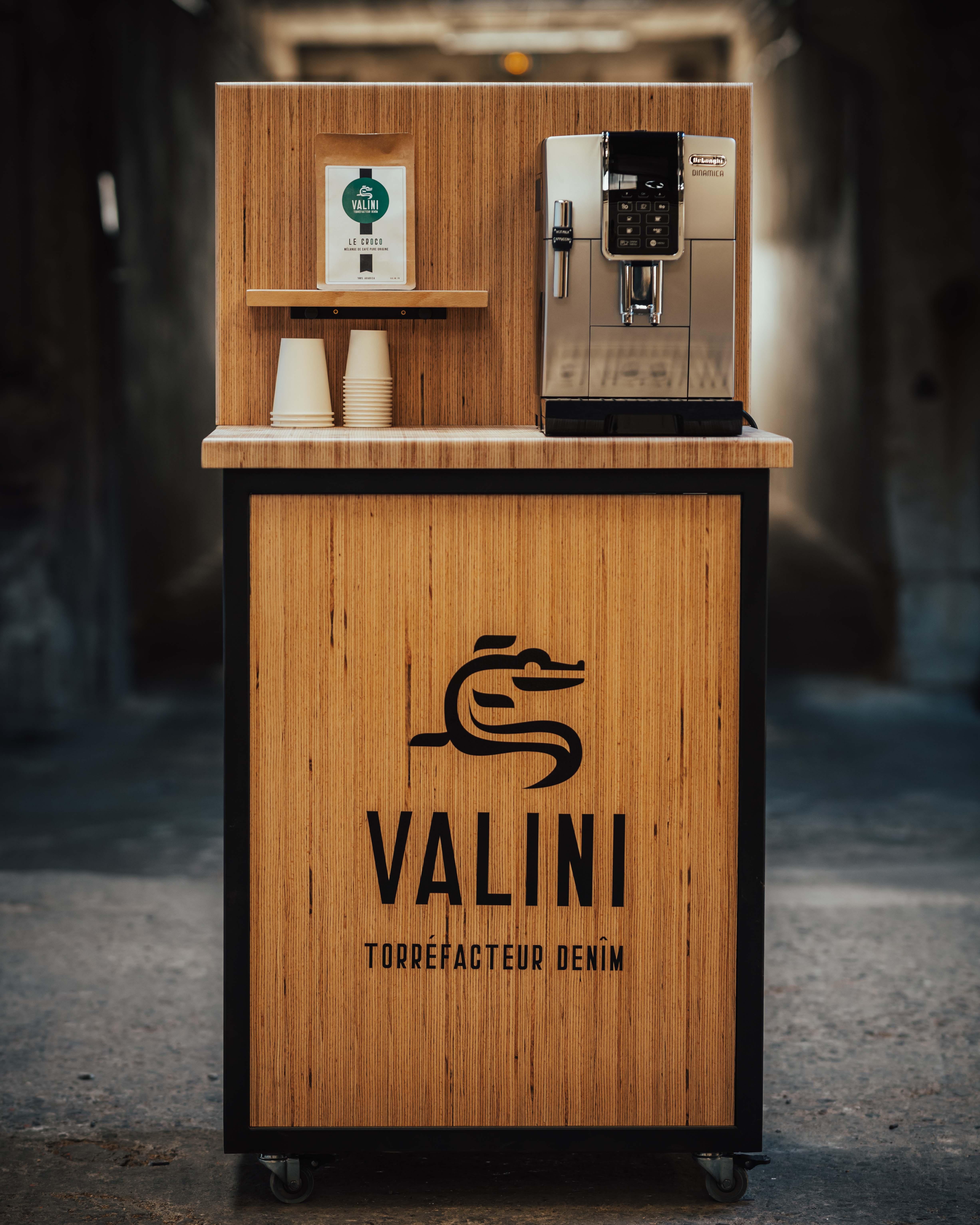 machine à café avec meuble valini