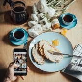 Bonjour ! N'oubliez pas de nous suivre sur les réseaux sociaux et notamment sur Instagram, où nous donnons des nouvelles plus régulièrement ! @valini_coffee  Bonne semaine à vous ! . . . #coffeetime #cafe #café #coffee #barista #baristagram #baristalife #espresso #doppio #cortado #cappuccino #coffeefeature #v60 #latteart #coffeemorning #coffeeart #valinicoffee #valini_coffee #roaster #nimes #hariov60 #coffeshop #coffeeinspiration #spring #morningcoffee #ilovecoffeemagazine #coffeeroaster